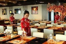 Làm việc ở nhà hàng Nhật Bản